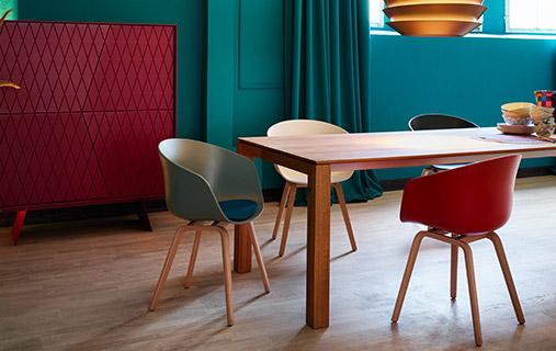 KONTRAST: Möbel für das Esszimmer