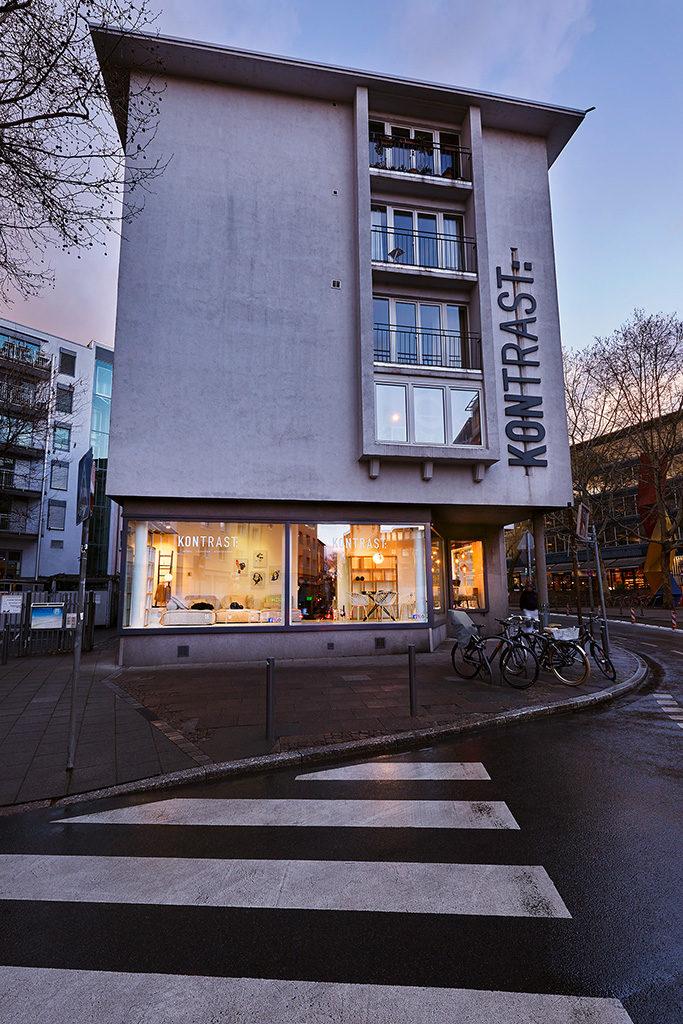 Möbelhaus Frankfurt Am Main : kontrast das m belhaus in frankfurt m bel leuchten accessoires ~ A.2002-acura-tl-radio.info Haus und Dekorationen